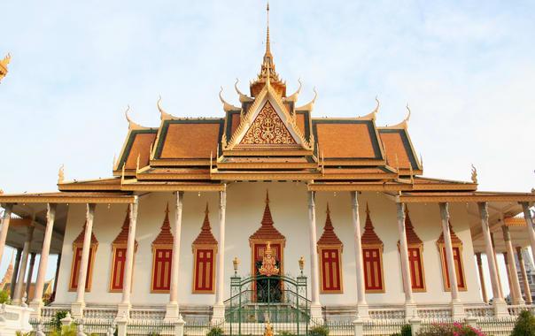 1462444879_silver_pagoda_cambodia.jpg