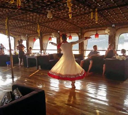 Overnight Houseboat Cruise in Goa