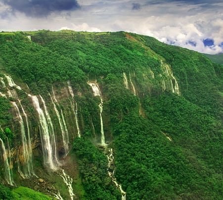 Explore Meghalaya with 6 Days & 5 Nights Package
