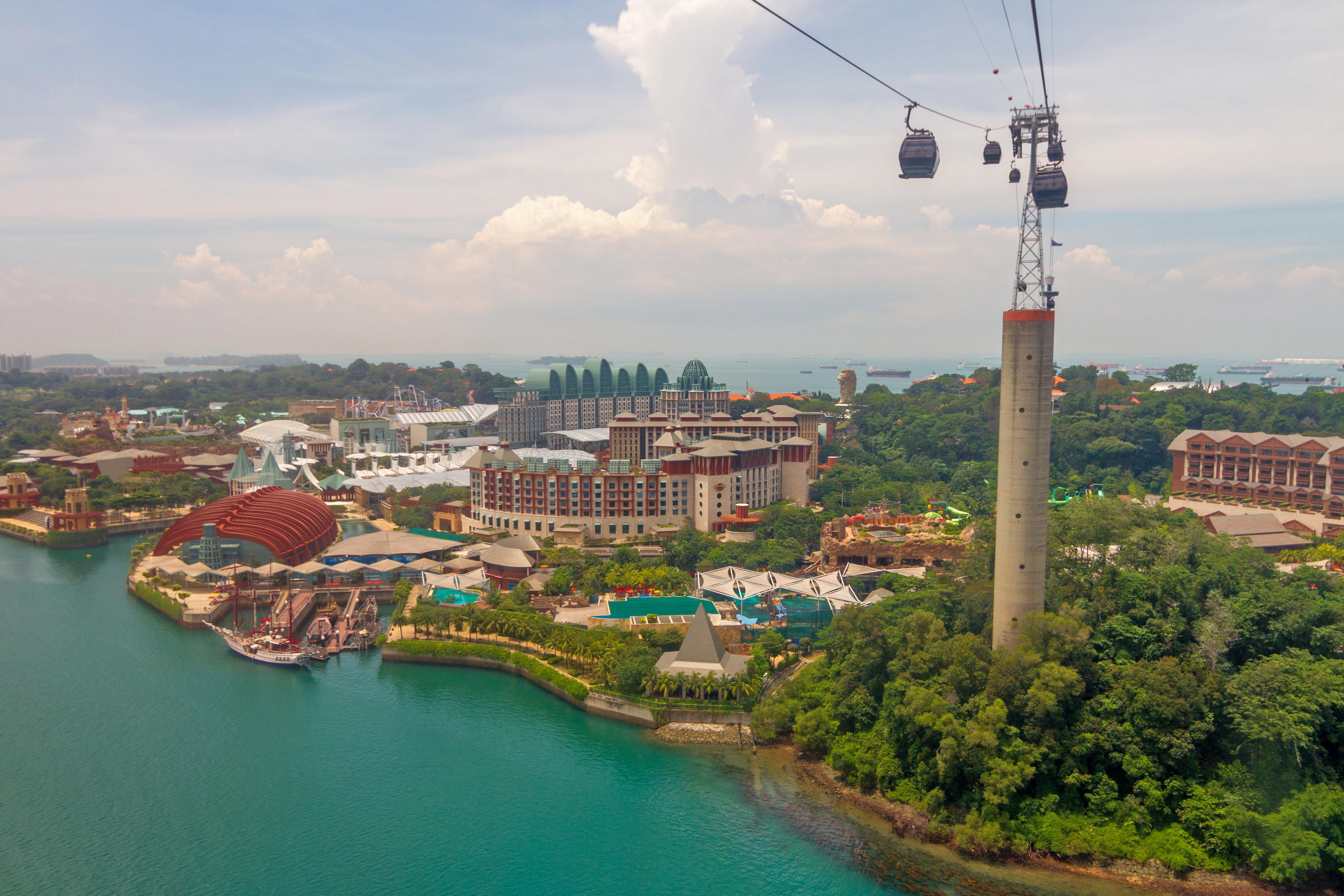 1522242761_view_from_singapore_cable_car_7.jpg