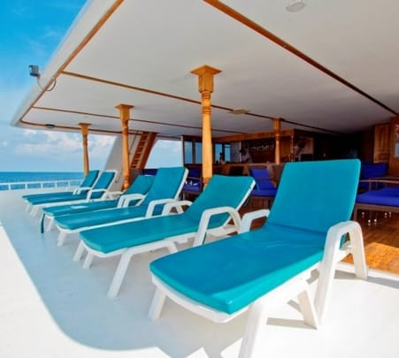 7 Day Cruise at Northern Atolls in Maldives