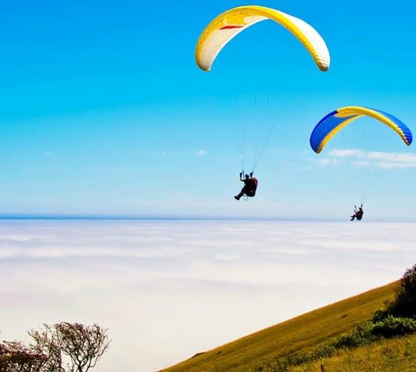 Paragliding in Bir Billing, Himacahal Pradesh