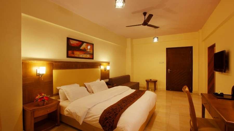1467368342_room_kamath_residency_mumbai2_y5gr4k.jpg