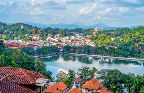 15 Places to visit in Kandy