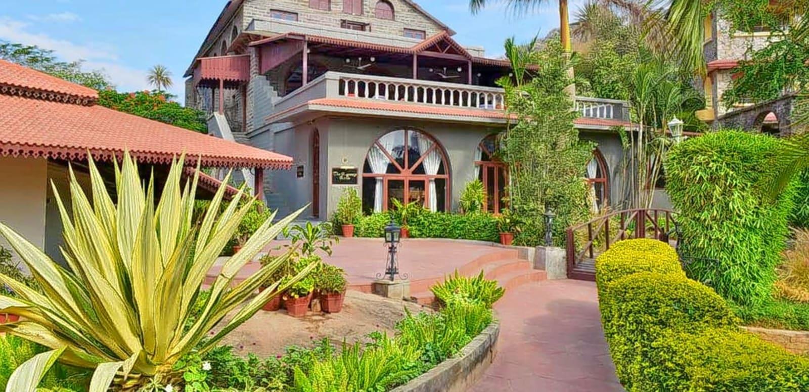 Cama-Rajputana-Club-Resort-Heritage-Hotel-In-Rajasthan