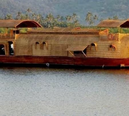 House Boat Trip in Goa