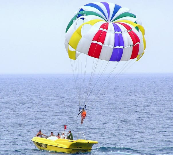 Winch-boat Parasailing at Mobor Beach in South Goa