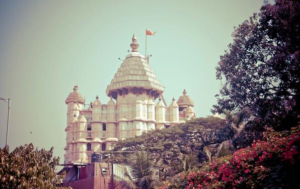1524229896_siddhivinayak_temple__mumbai.jpg
