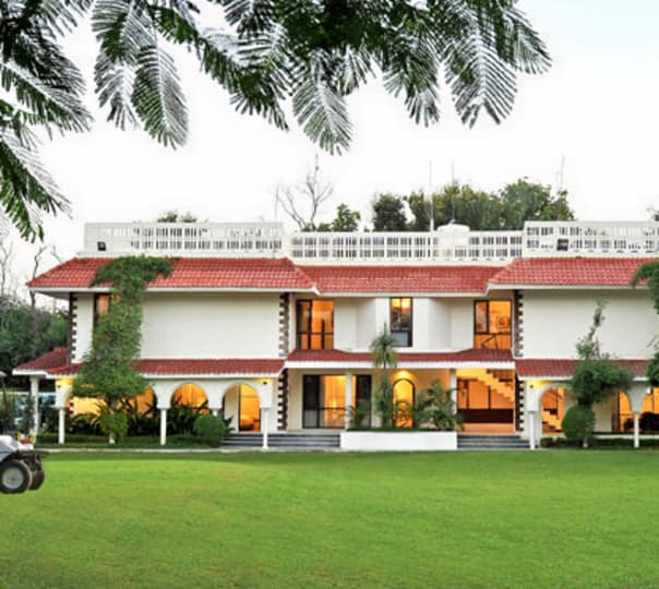 Stay at the Best Western Resort Country Club in Haryana