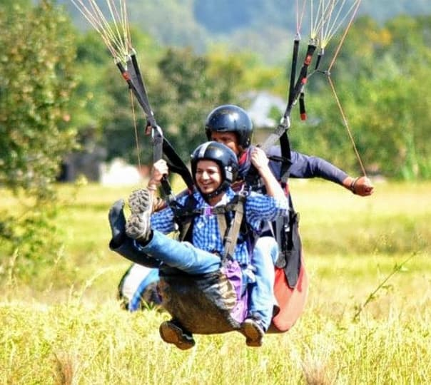 Himalayan Paragliding with Sightseeing at Palampur