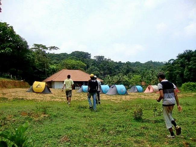 Camping_in_madikeri_(19).jpg