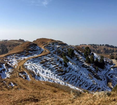 Winter Trek in Dhauladhar Range, Dalhousie For 5d/4n