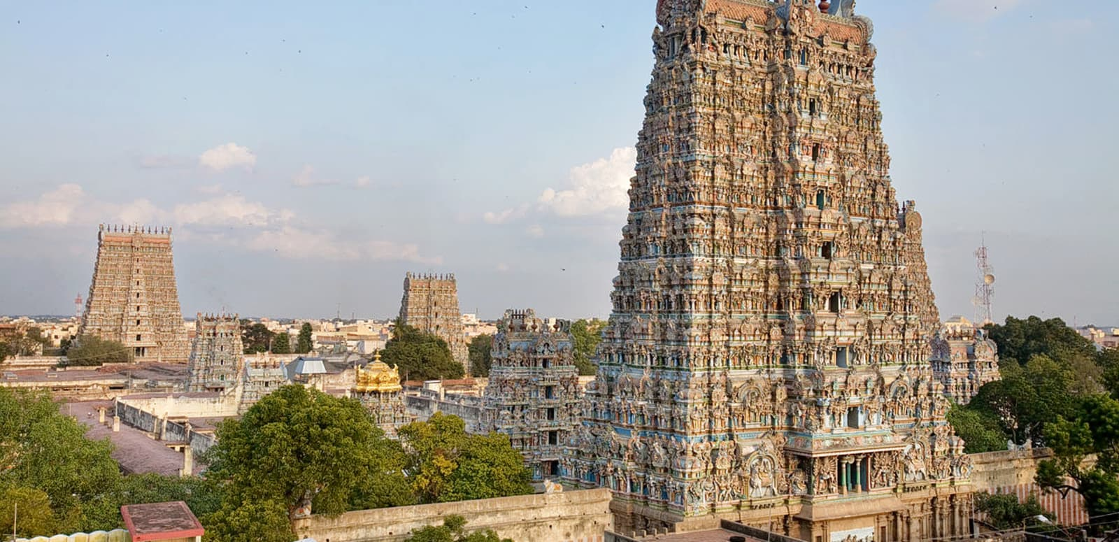 1493365536_1280px-india_-_madurai_temple_-_0781.jpg