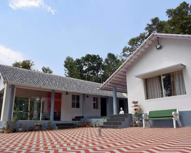Homestay at the Foothills of Mullayanagiri, Chikmagalur