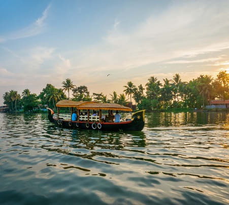 Classic Houseboat Dine and Dance, Goa - Flat 24% Off
