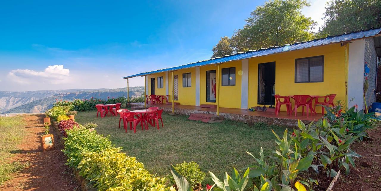 20 Homestays in Mahabaleshwar Starting From ₹600 Only!