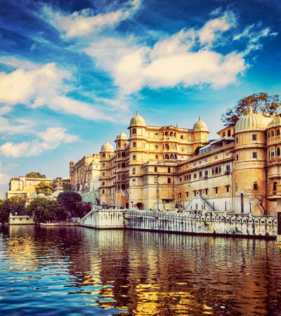 Udaipur Half Day Sightseeing Tour Flat 35 Off