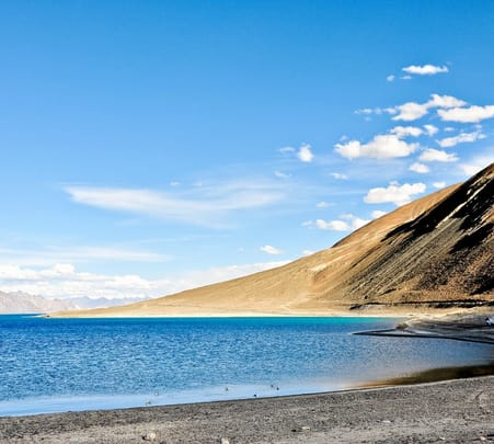 Hire a Guide in Leh Ladakh