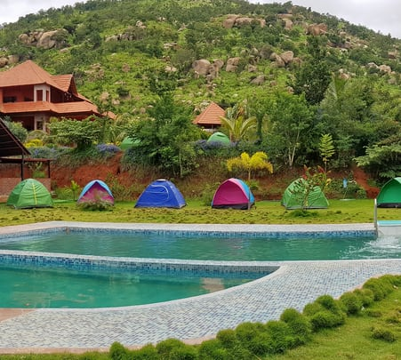 Nandi Hills Drive in Camp, Bangalore - Flat 24% off