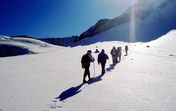 1466421459_m_auli_and_gurson_snow_trek_7.jpg.jpg