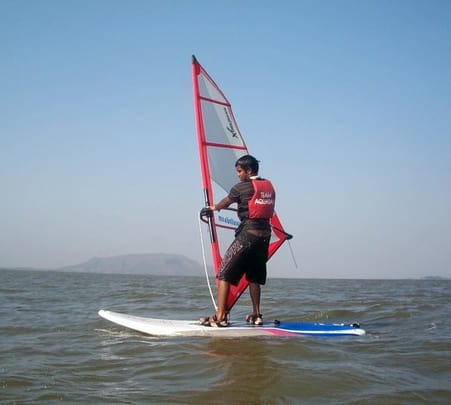 Start Windsurfing in Magical Mandwa