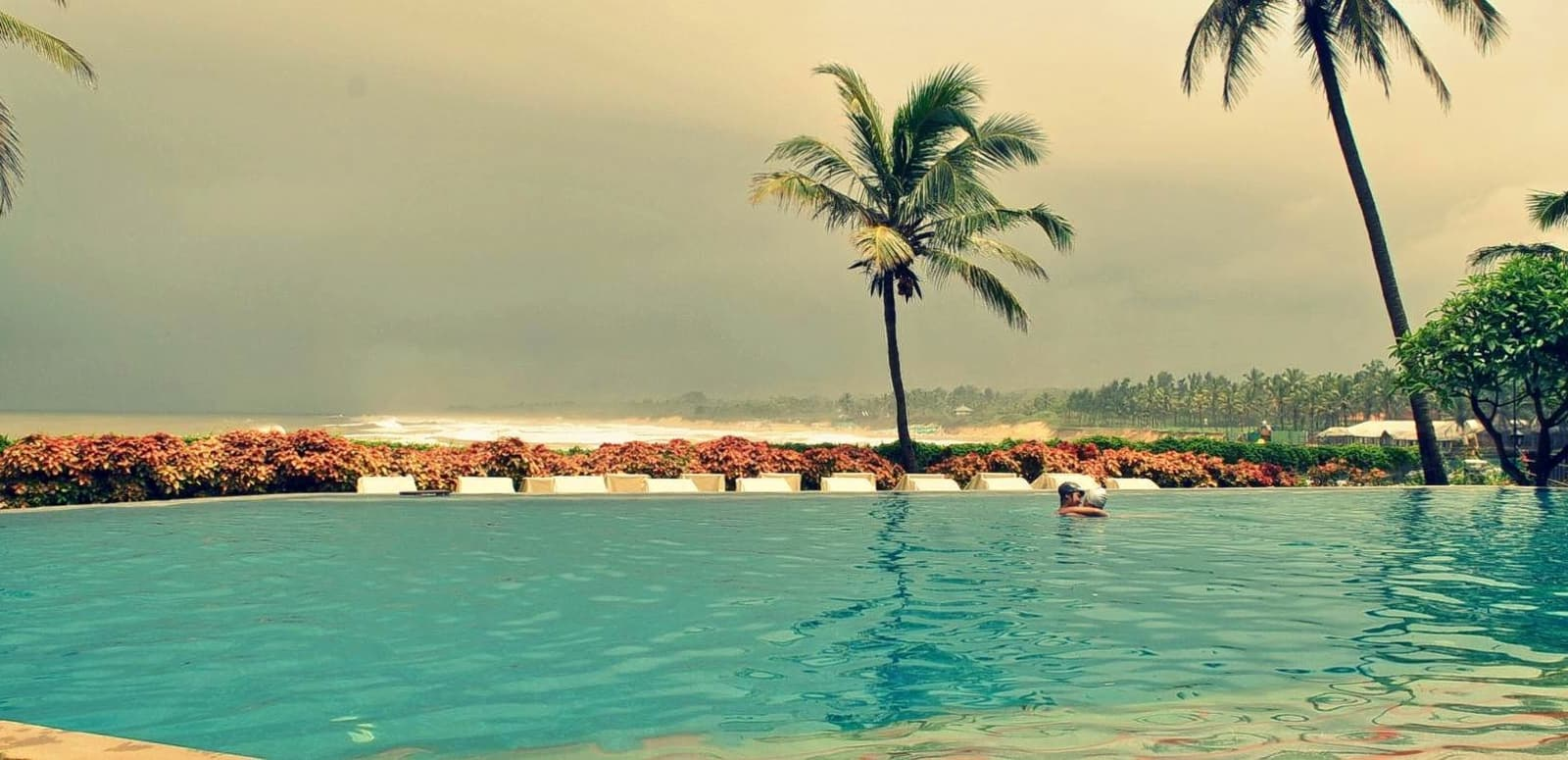 Hotel Pristine Resort 2 (India, Goa): description, rooms, reviews of tourists 100