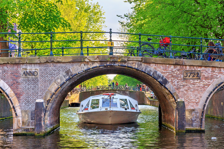 1577343144_canal_cruise_5.jpg