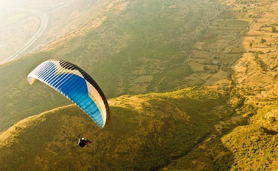 Tandem Paragliding, Vagamon, Kerala
