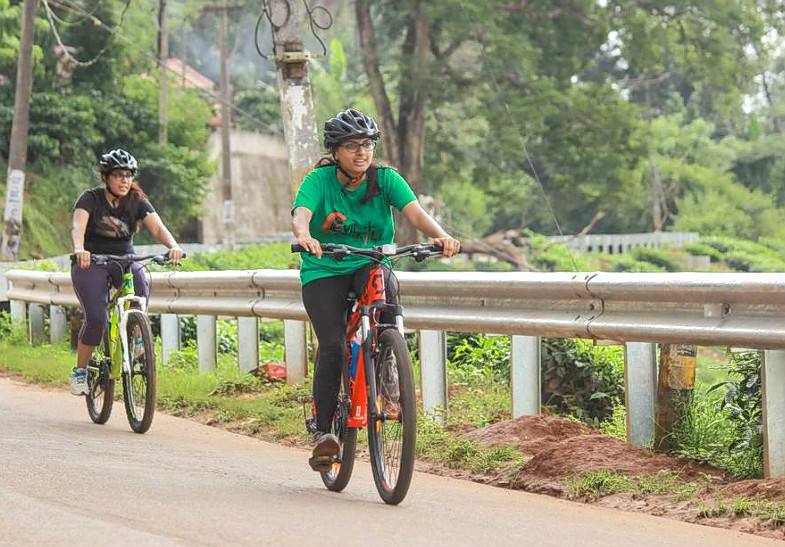 1476868170_cycling_in_wayanad_31.png