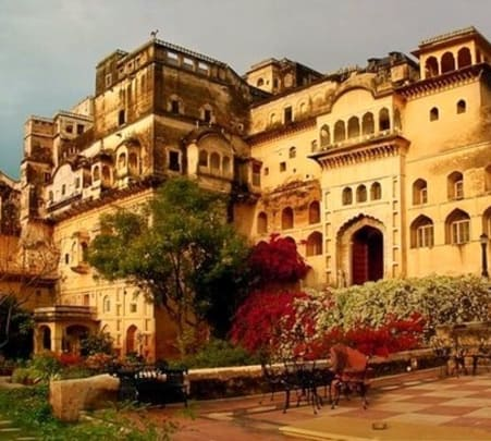 Luxury Stay at Neemrana Fort-Palace