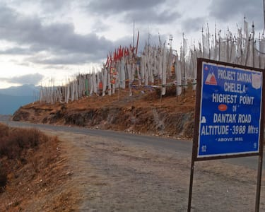 6 Days Sightseeing Tour to Bhutan with Flights