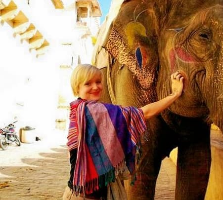 Havelis and Temples Walk - Jaipur