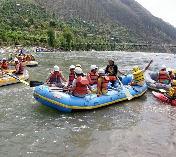 Sightseeing and Rafting Adventure in Manali
