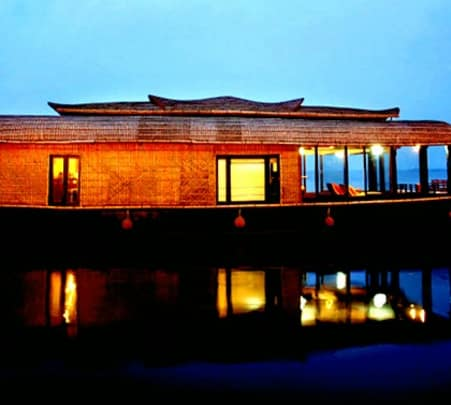 One Night Houseboat Tour in Alleppey