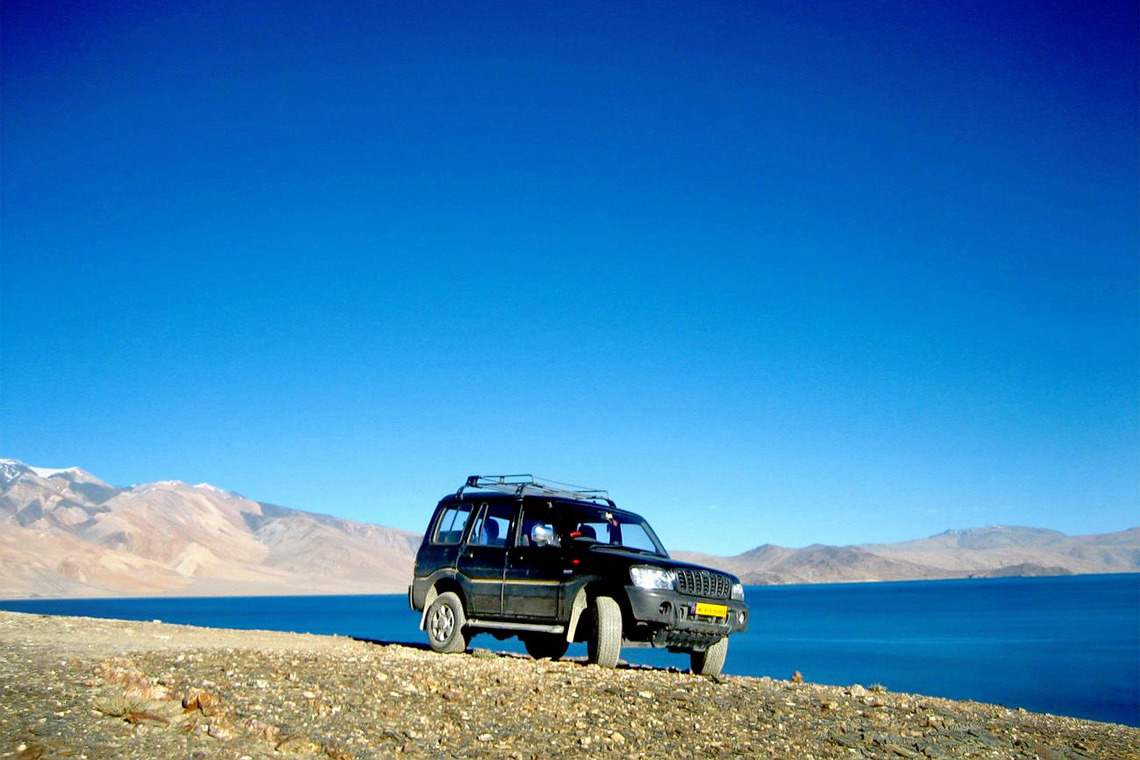 1488548306_ladakh-with-lamayuru-tsomoriri-lake-jeep-safari-tour1.jpg
