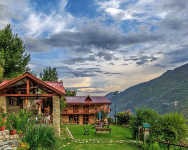 Luxurious Homestay in Kullu Valley Flat 20% off