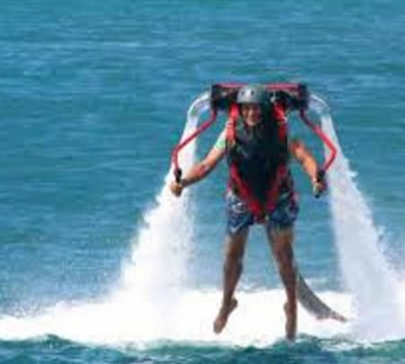 Jetlev Flyer in Chapora River, Goa