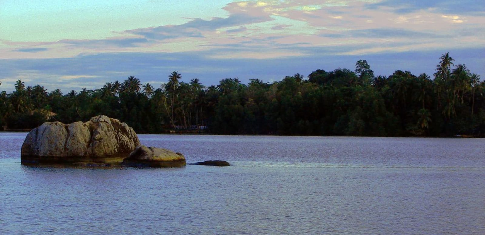 1491646981_1280px-bentota_river_in_dharga__sri_lanka.jpg