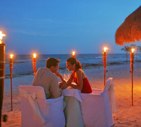 Honeymoon Special Candle Light Dinner in Havelock