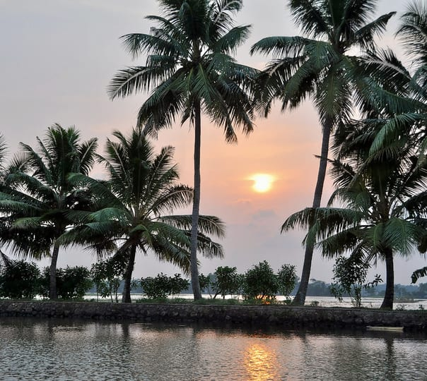 Trip to Alleppey from Bangalore ( Flights Included)