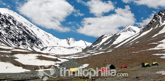 Stok_kangri_base_camp_03_ladakh.jpg