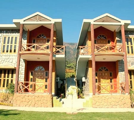 Stay at Narayana Spa & Resort, Rishikesh