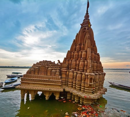Full Day Guide Rental in Varanasi