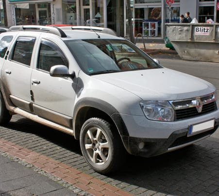 Rent a Renault Duster in Delhi