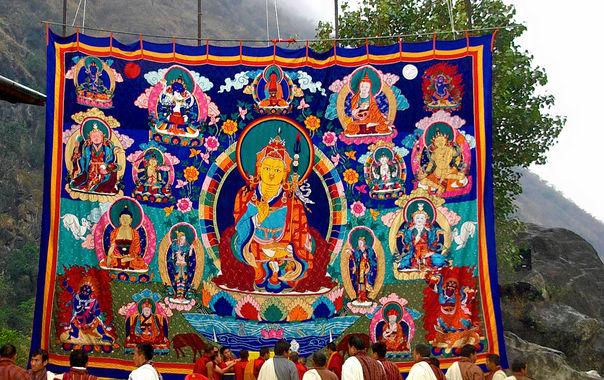 Guru_rinpoche_gomkora.jpg