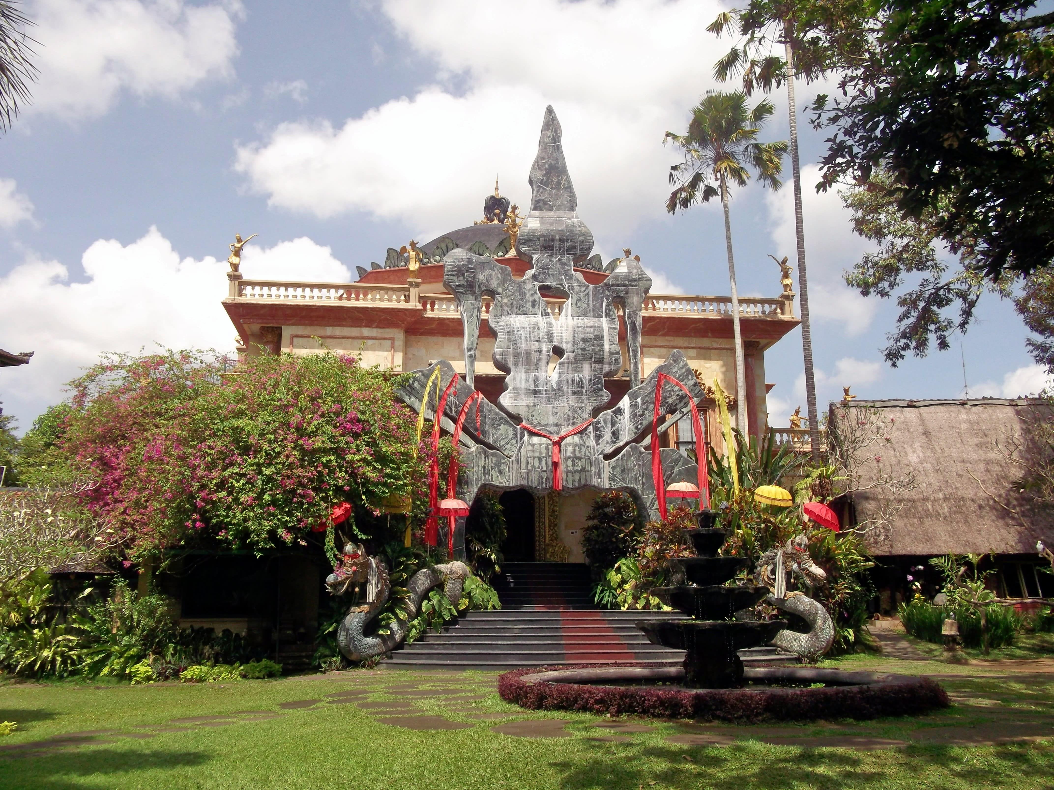 Visit Blanco Renaissance Museum