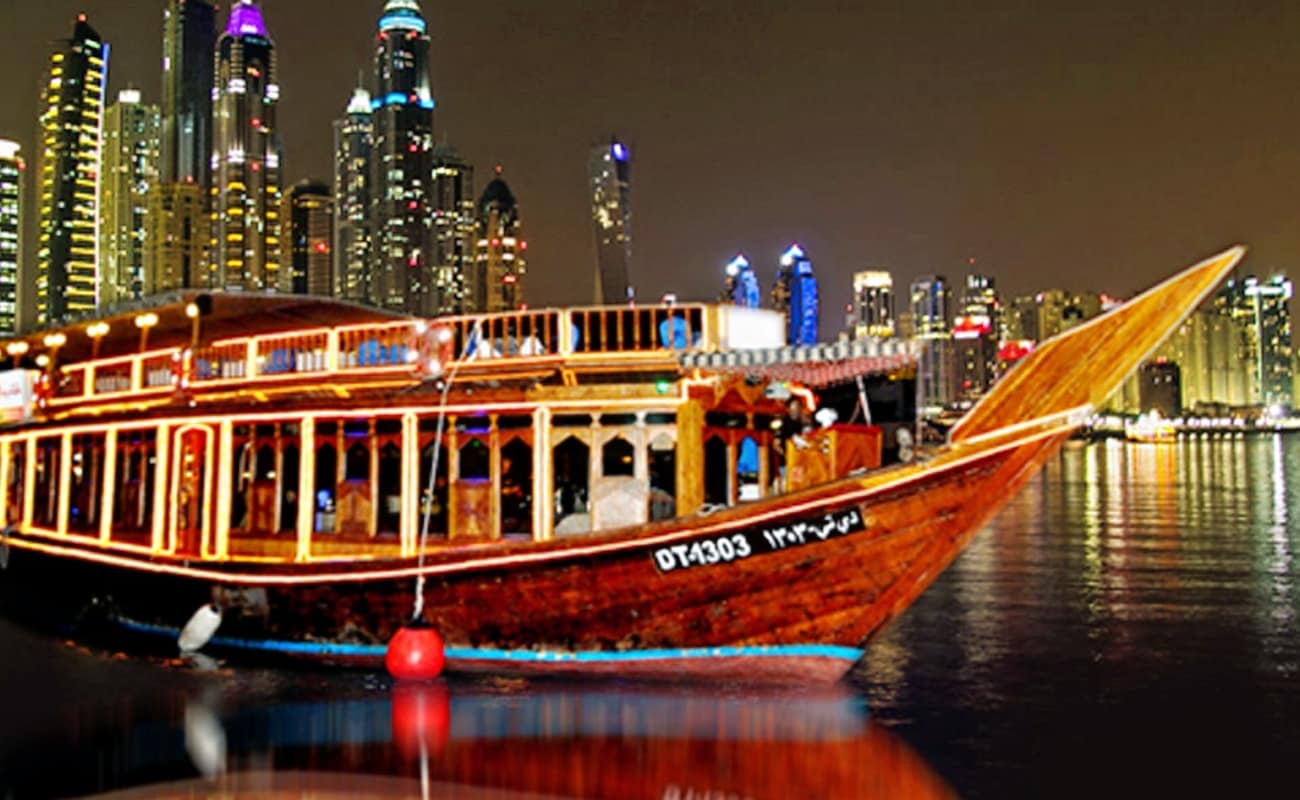 Dhow 4 Star Dinner Cruise In Dubai Marina Thrillophilia