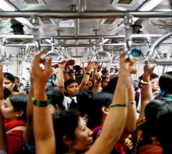 Mumbai Sightseeing Tour Through Local Transport