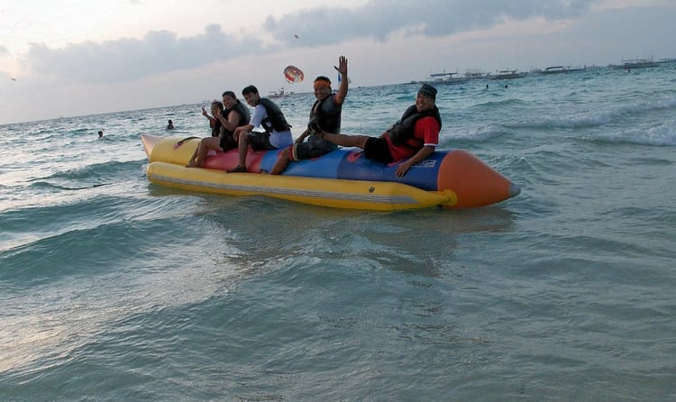 01banana Boat Ride
