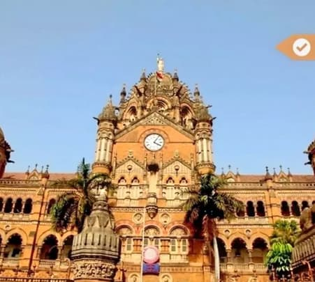 Explore Mumbai by Local Transport: Half Day Tour